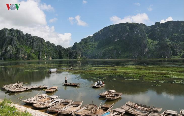 Entdecken die Naturschönheit des 9. Schutzgebietes Van Long- Ramsar in Vietnam - ảnh 6
