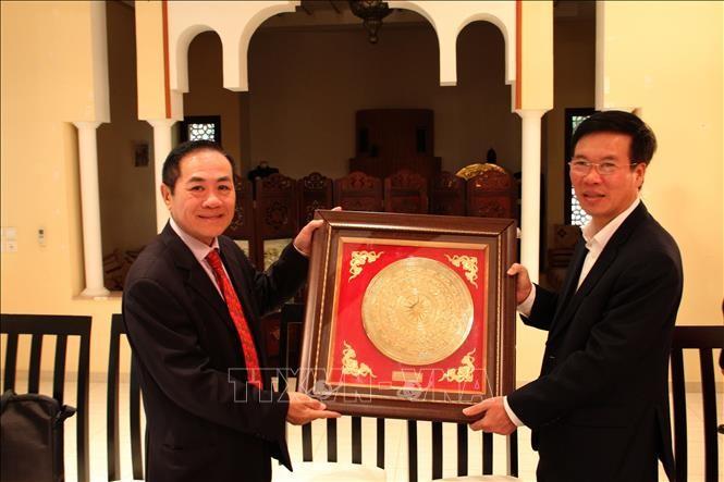 Leiter der Abteilung für Information und Erziehung der Partei, Vo Van Thuong besucht Marokko - ảnh 1