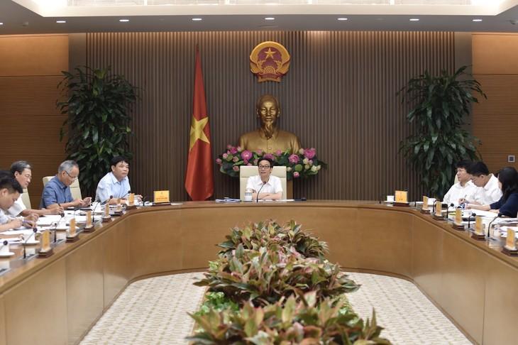 Vizepremierminister Vu Duc Dam leitet Sitzung über Lebensmittelsicherheit - ảnh 1