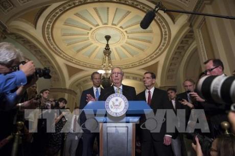 ສະພາສູງອາເມລິກາຍັງບໍ່ທັນໃຫ້ສັດຕະຍາບັນຮ່າງກົດໝາຍທົດແທນ Obamacare ໃນປີ 2017ເທື່ອ - ảnh 1