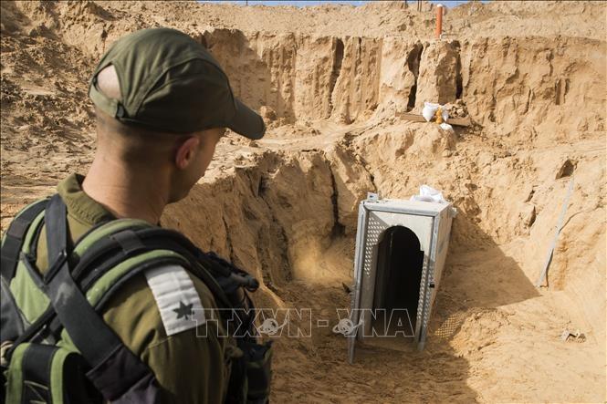 ອິດສະລາແອັນ ທຳລາຍເສັ້ນທາງອຸໂມງຂອງ Hamas ຢູ່ເຂດ ກາຊາ ຕື່ມອີກ - ảnh 1