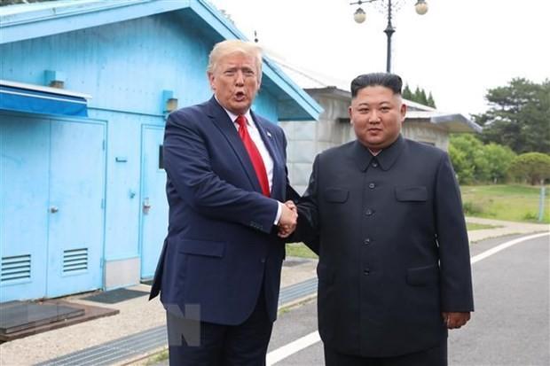 ປະທານາທິບໍດີ ອາເມລິກາ Donald Trump ຍ້ອງຍໍຊົມເຊີຍການພົວພັນລະຫວ່າງ ອາເມລິກາ ກັບ ສປປ.ເກົາຫຼີ - ảnh 1