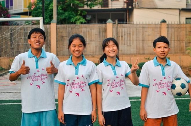 """2018년 WORLD CUP: 베트남 """"어린이 대사들"""" 축구회의 날에 참석 - ảnh 1"""