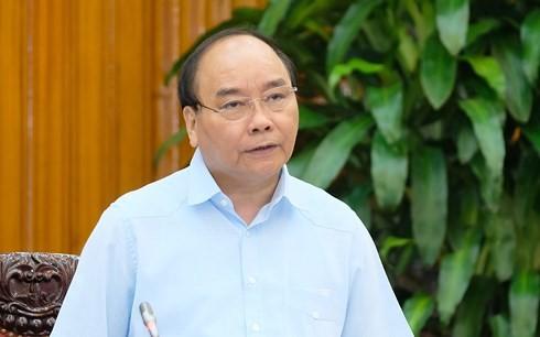 Nguyen Xuan Phuc총리, 베트남 노동조합 총연맹과 회의 - ảnh 1