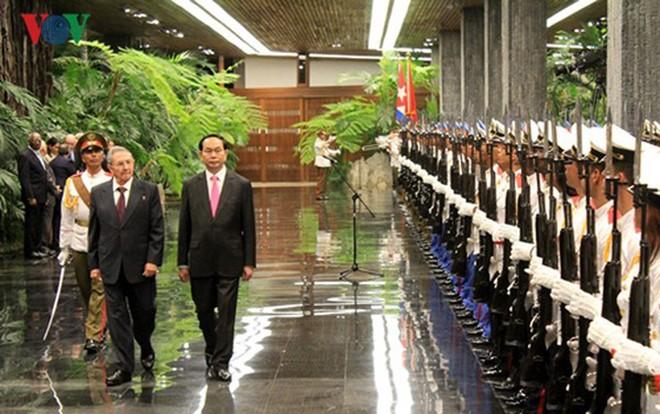 Tran Dai Quang주석과 베트남 위상 제고에 기여한 자취 - ảnh 3