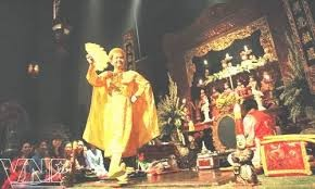 Chầu văn - Vietnamese ritual singing - ảnh 1