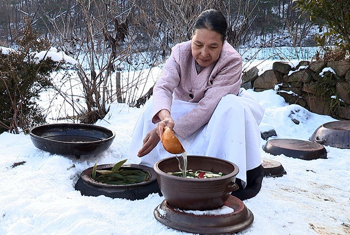 Kimjang culture of making and sharing Kimchi  - ảnh 2