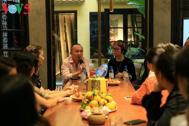Un espacio cultural instructivo e innovador en la casa comunal de Dong Lac - ảnh 1