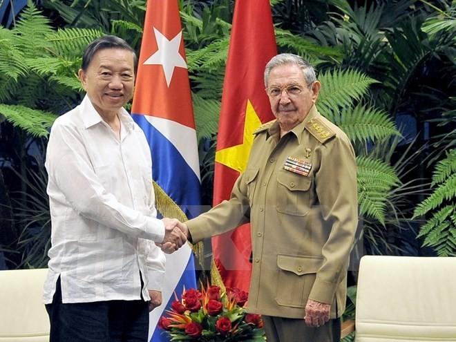 Vietnam y Cuba profundizan la cooperación en seguridad y defensa - ảnh 1