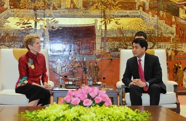 Hanói intensifica su cooperación con Canadá y Pakistán - ảnh 1
