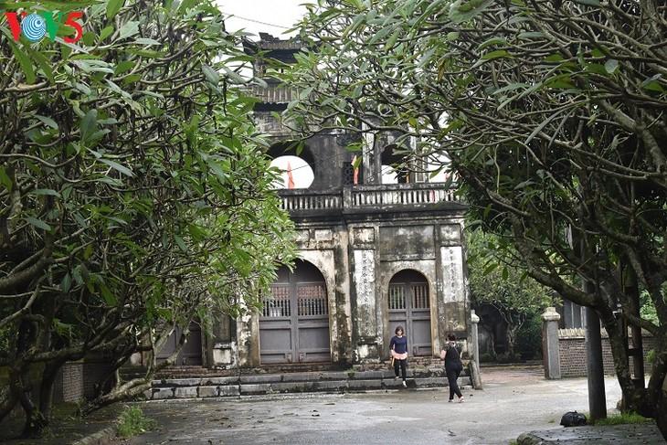 Una visita al Templo de la Literatura de Xich Dang - ảnh 1