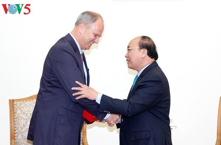 Vietnam aspira a fortalecer relaciones con Alemania, afirma premier Nguyen Xuan Phuc - ảnh 1