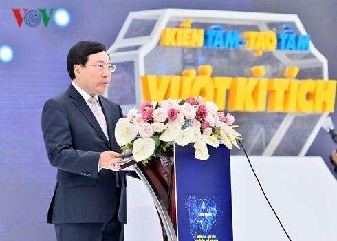 Vicepremier vietnamita asiste al décimo aniversario de Samsung - ảnh 1
