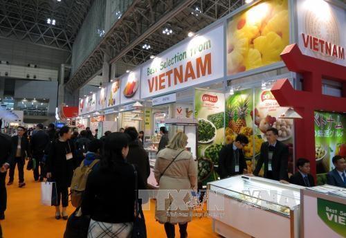 Presentan productos agrícolas vietnamitas a socios japoneses - ảnh 1