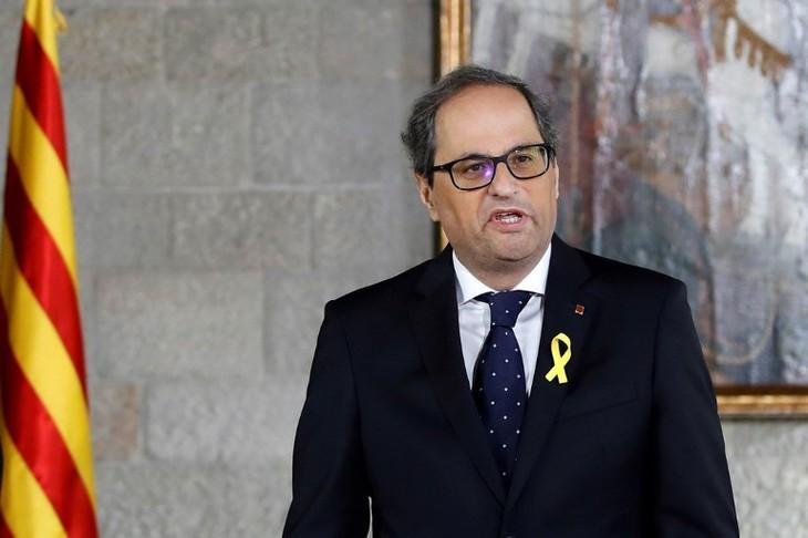 Presidente de Cataluña forma nuevo gobierno - ảnh 1