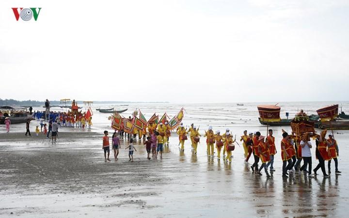 Tradicional festival de la casa comunal de Tra Co - ảnh 1