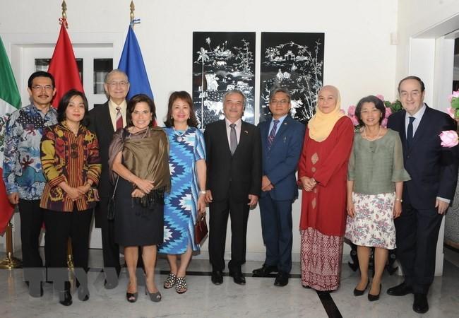 Embajada de Vietnam en México conmemora el 23 aniversario de la adhesión vietnamita en la Asean - ảnh 1