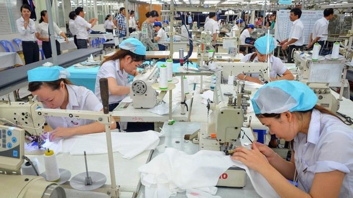 Prevén 35 mil millones de dólares de exportaciones textiles vietnamitas en 2018 - ảnh 1