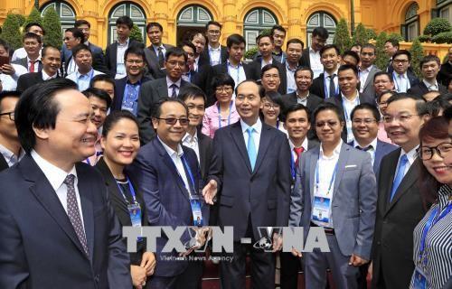 Vietnam aprecia contribuciones de intelectuales nacionales al desarrollo del país - ảnh 1