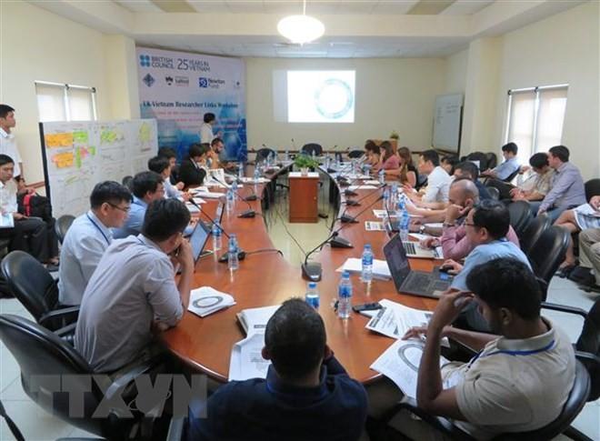 Celebran seminario sobre urbes inteligentes en Can Tho - ảnh 1
