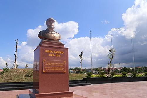 Dedicarán un parque en Quang Tri a Fidel Castro - ảnh 1