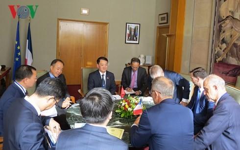 Vietnam y Francia fortalecen cooperación en sector ambiental - ảnh 1