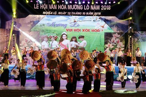 Inauguran Semana de la Cultura y Turismo de Muong Lo 2018 - ảnh 1