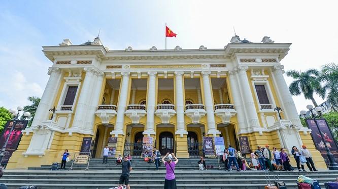 Visitas a la Ópera de Hanói: un nuevo y atractivo producto turístico-cultural - ảnh 1