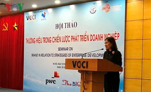 Promueven construcción de marcas comerciales de empresas vietnamitas - ảnh 1