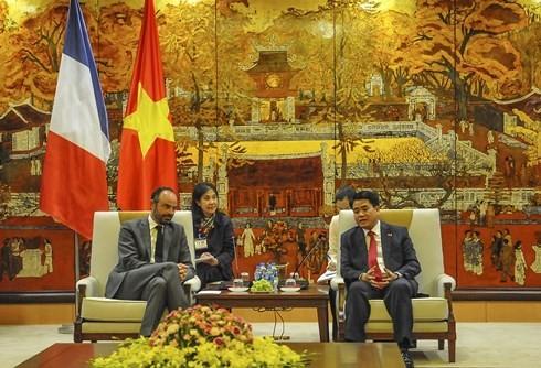 Estrechan cooperación entre Hanói y localidades francesas - ảnh 1