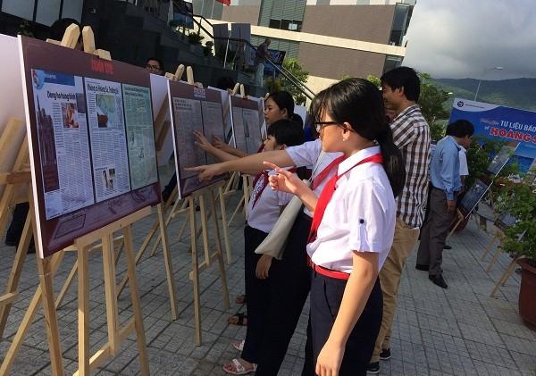 Refuerzan la educación sobre la soberanía marítima para los niños vietnamitas - ảnh 1
