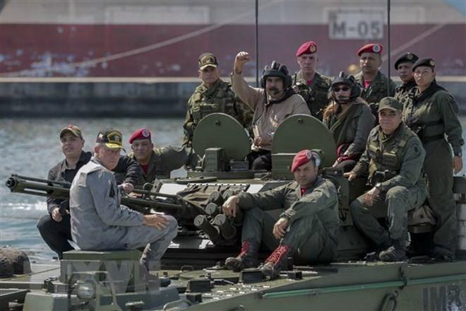 Fuerzas armadas de Venezuela inician ejercicios militares de seis días - ảnh 1