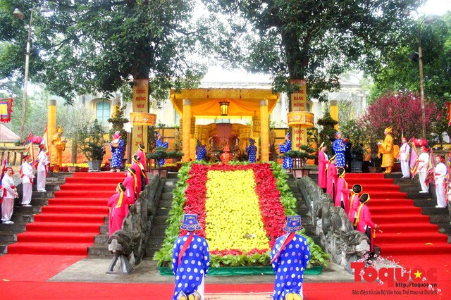 Rinden homenaje a antepasados en Hanói - ảnh 1