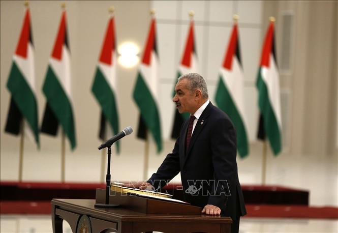 Abbas juramenta al nuevo gobierno de la Autoridad Palestina - ảnh 1