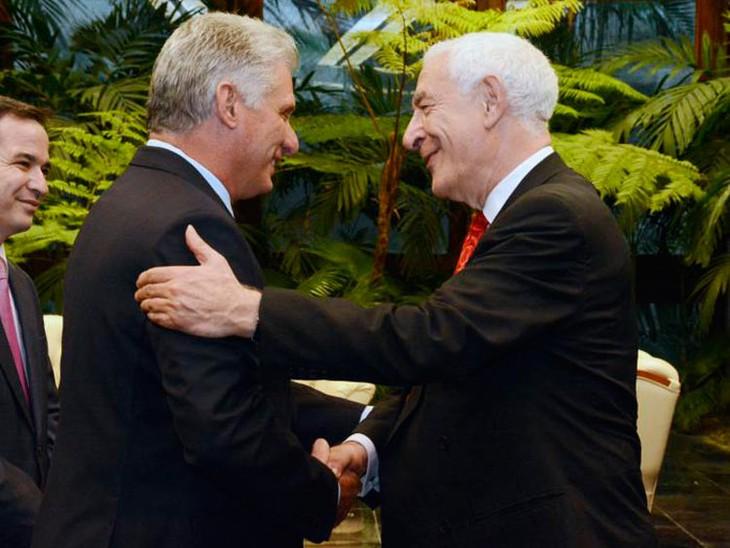 Cuba y Reino Unido fortalecen la cooperación económica y comercial - ảnh 1