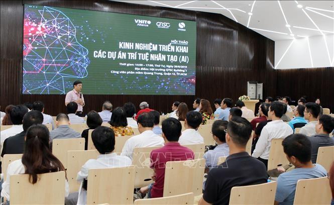 Desarrollan recursos humanos en inteligencia artificial en Vietnam - ảnh 1