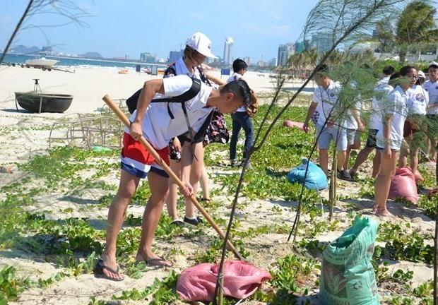 Inauguran el Campamento Veraniego de Vietnam 2019 para jóvenes expatriados - ảnh 1
