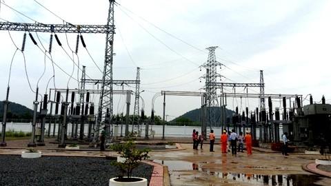 Vietnam edifica la mayor obra de cables submarinos en Sudeste Asiático - ảnh 1