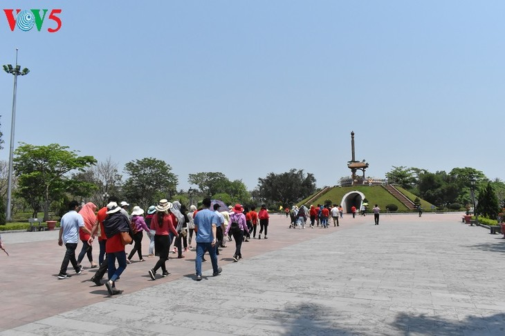 A tour of historical sites in Truong Son - ảnh 13