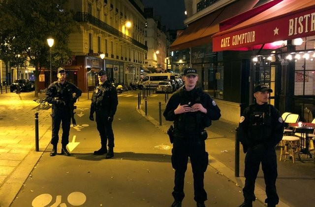 IS claims responsibility for Paris knife attack  - ảnh 1