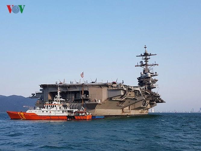 미국해군 다낭시 Tien Sa항 기항 - ảnh 1