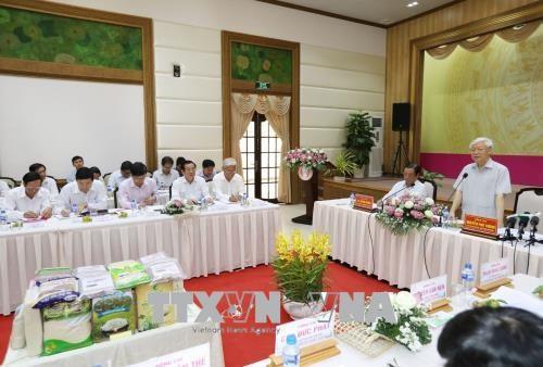 Nguyen Phu Trong총서기장 Dong Thap성 주요 지도자와 접견 - ảnh 1