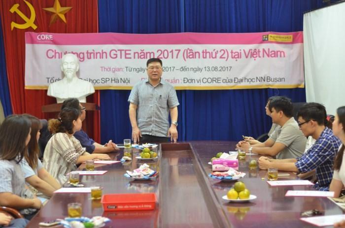 베트남 문화의 즐거움에 심혈을 기울인 한 한국 교수에 관한 얘기 - ảnh 2