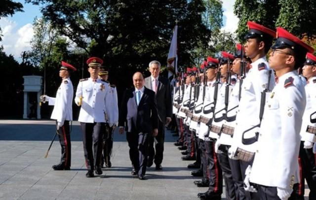 베트남 – 싱가포르 관계 모든 분야 안정적으로 발전 - ảnh 1