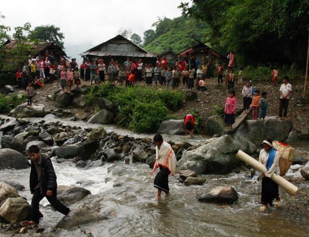 Lai Chau 성 Mang 민족의 독특한 결혼식 - ảnh 5