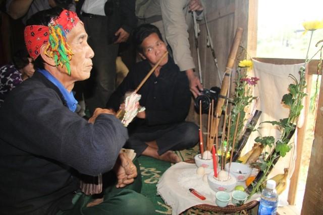 La Ha족 사람과 죽순꽃 축제 - ảnh 2