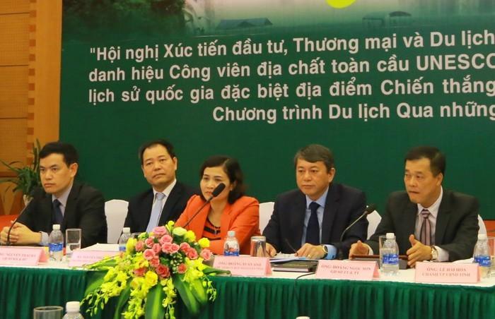 11월 24일 non nước Cao Bằng  세계지질 공원 칭호 수여 - ảnh 1