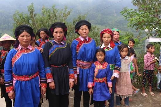 Cờ Lao (껄라오) 소수민족 - ảnh 1