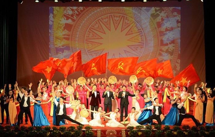 디엔 비엔 푸 (Điện Biên Phủ) 승리 65주년 기념 활동들 - ảnh 1