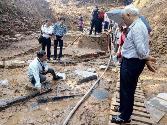 탕롱 – 하노이 유산 보존센터, 2018년 경천 낀티엔 동부 조사 발굴 결과에 대한 학술 세미나 개최 - ảnh 1